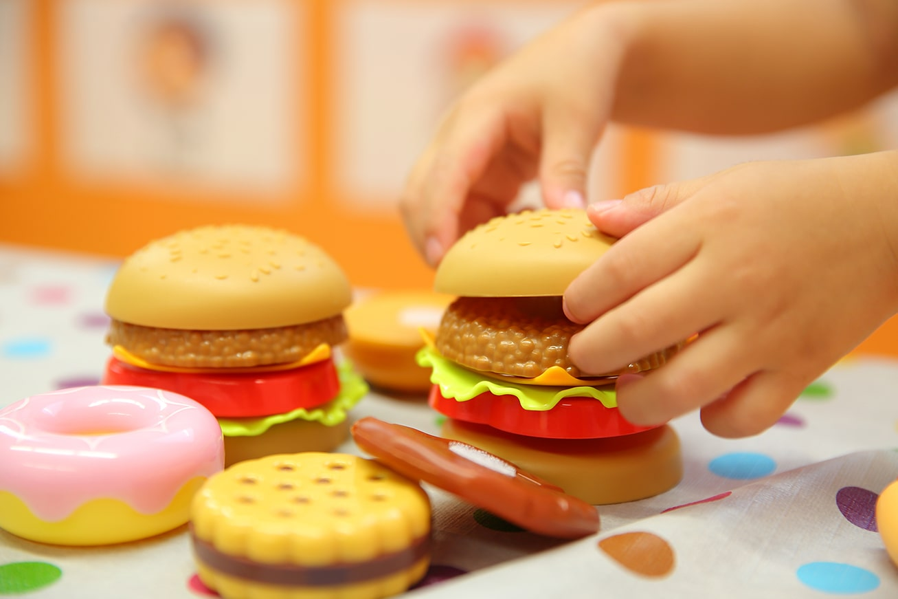 ハンバーガーのおもちゃ